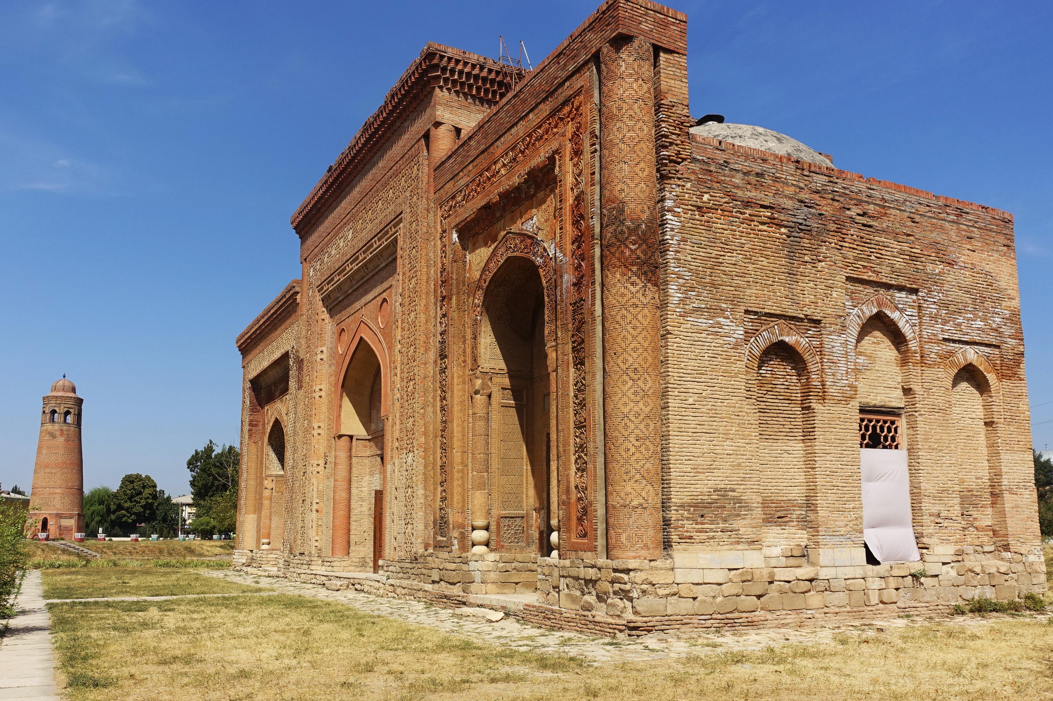 Mausolée Kharakhanid Uzgen Khirghizstan