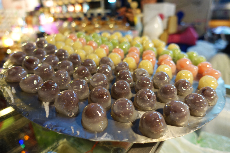 Taiwan sweet street food